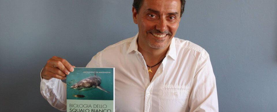 Interview : Alessandro de Maddalena nous parle de l'érosion des populations de grands requins blancs en Afrique du Sud !
